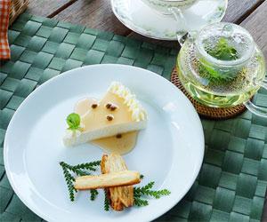 写真:山椒のレアチーズケーキ&パスタ