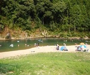 写真:清流 高田川の自然プール  (2枚目)