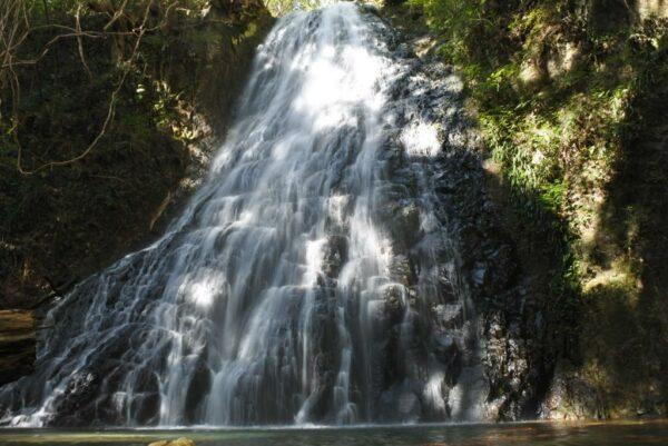 写真:七珍宝の滝