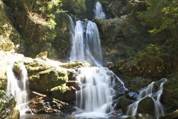 写真:中津谷の滝