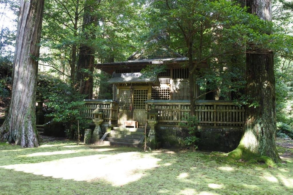 写真:色川神社(2枚目)