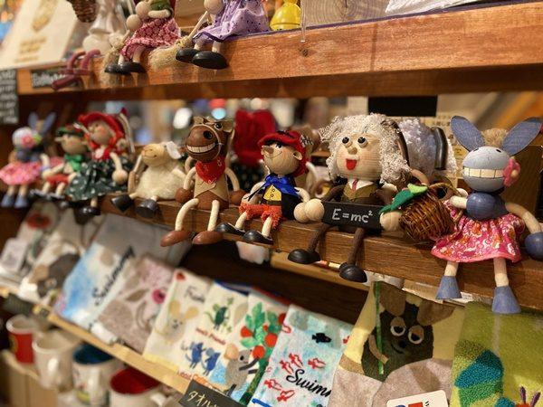 写真:七曲市場にあるオシャレな雑貨屋さん、二階は昭和を感じさせる居心地抜群のカフェ(2枚目)