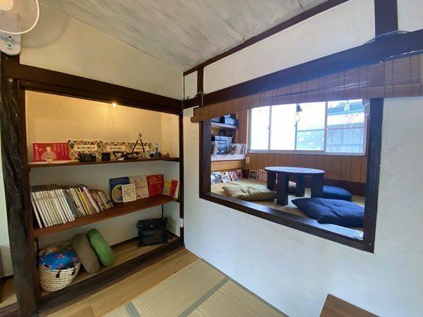 写真:七曲市場にあるオシャレな雑貨屋さん、二階は昭和を感じさせる居心地抜群のカフェ(3枚目)