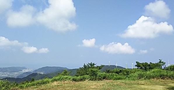 写真:千葉山(せんばやま)の山頂(標高541,6m)はどこ?
